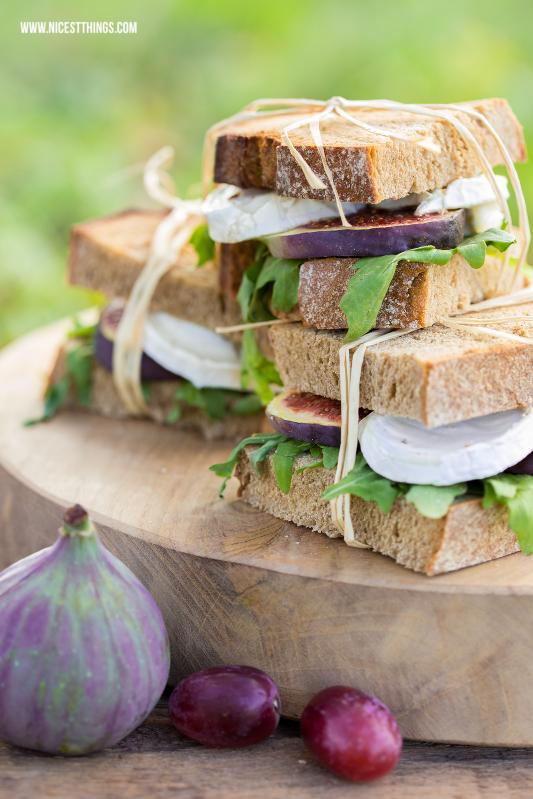 Ziegenkäse Feigen Sandwiches zum Herbst Picknick #sandwiches #ziegenkäse #feigen #herbstrezepte #herbstpicknick #picknickrezepte