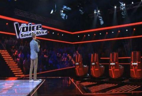 Τυφλός ανέβηκε στην σκηνή! Όταν άρχισε να τραγουδάει όλοι έβαλαν τα κλάματα (VIDEO)