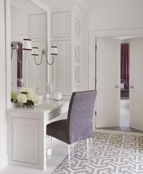 Gray Bathrooms With Accent Color: 20 Gorgeous Bathroom Vanities