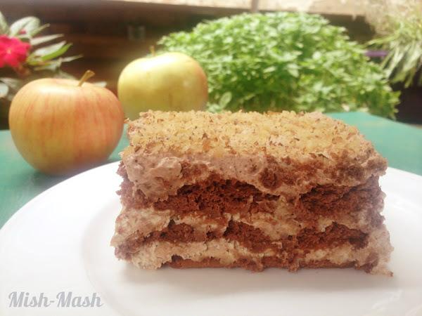 Домашна торта с ябълки и канела