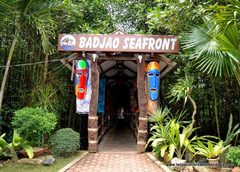 Badjao Seafront Restaurant in Palawan