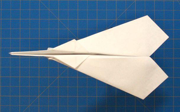 วิธีพับเครื่องบินกระดาษ 40 แบบ