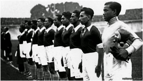 Hindia-Belanda Negara Asia Pertama di Piala Dunia, Jurnal Rozak, Indonesia