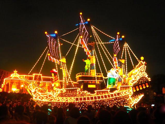 Peter Pan float, Dreamlights parade, Tokyo Disneyland, Japan