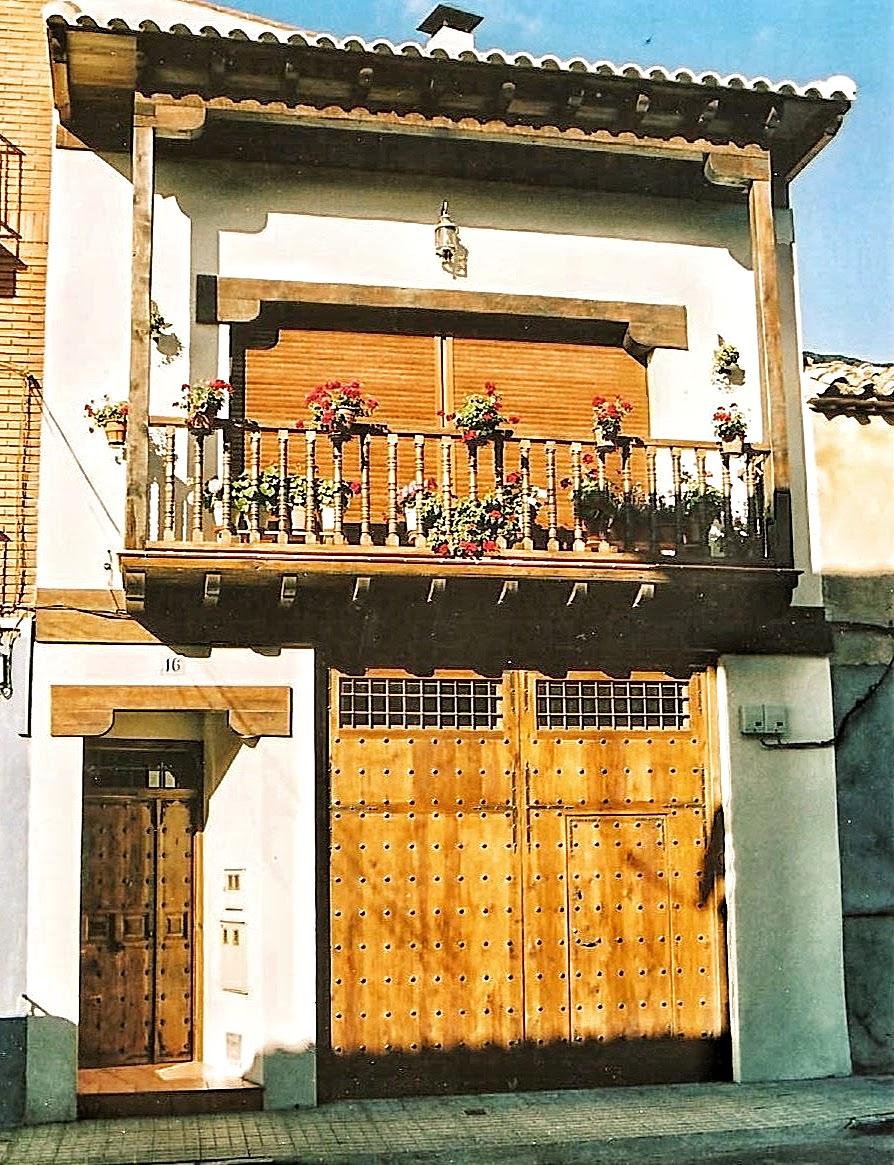 Carpinteria sevilla balcones y aleros - Balcones de madera ...