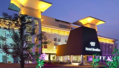 Hotel Santika TMII Jakarta dekat wisata mekarsari