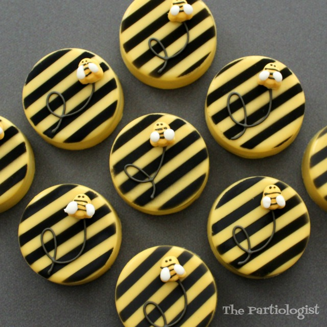 The Partiologist: Bumble Bee OREOS!