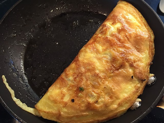 Vietnamese Pork and Tomato Omelette-Trung Chien Ca Chua Thit Bam