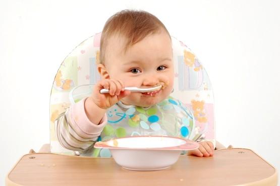 تناول الأطفال الرضع للبيض