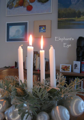 Advent wreath returning to my wintry favourite silver leaves from Dusty Miller and lamb's ears with white silk balls