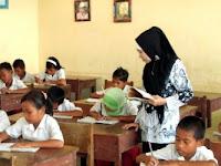 Wacana Mendikbud Agar Guru 8 Jam di Sekolah