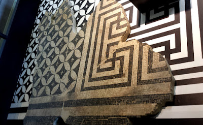 Mosaic Art was ornating the floors of public and private buildings in all part of the Roman Empire.