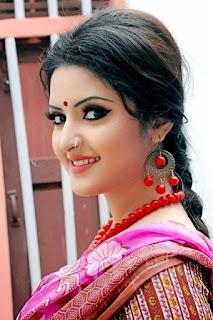 Bangla Naika Photo pori moni