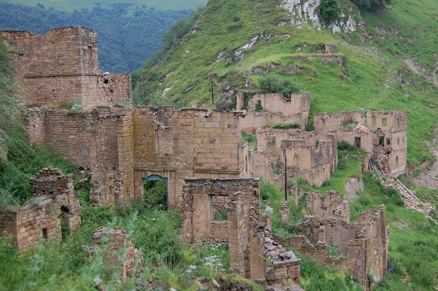 reruntuhan kota degastan rusia