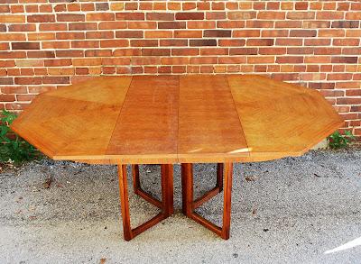 junk2funk: Mid-Century Modern Rosewood & Walnut Dining Table