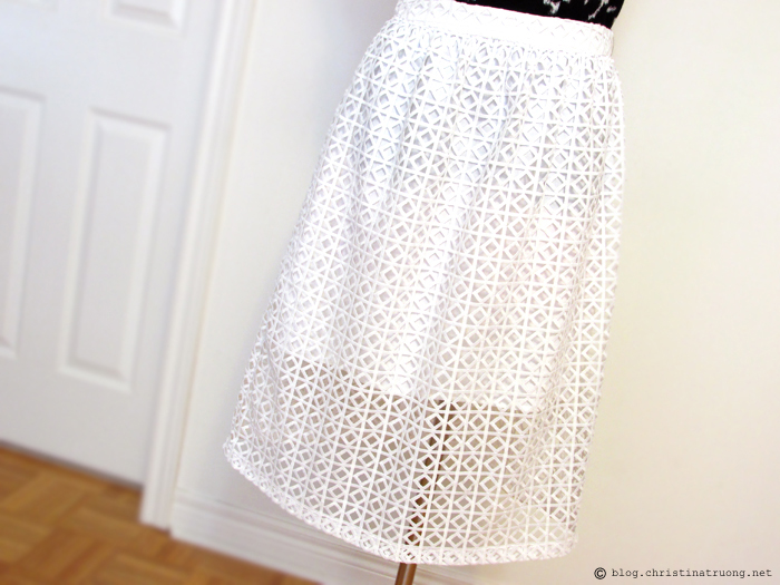 Wearing white after Labour Labor Day fashion outfit trend style rw&co crochet midi skirt with shorter lining
