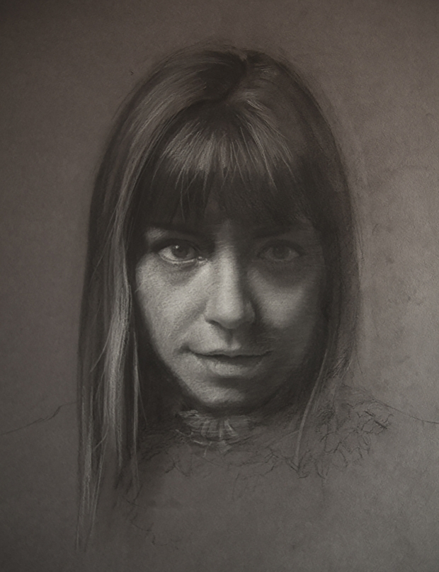02-Shana-Levenson-Charcoal-Portraits-on-Paper-Inspired-by-Nostalgia-www-designstack-co