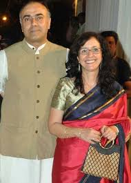 Rajit Kapur Family Wife Son Daughter Father Mother Age Height Biography Profile Wedding Photos