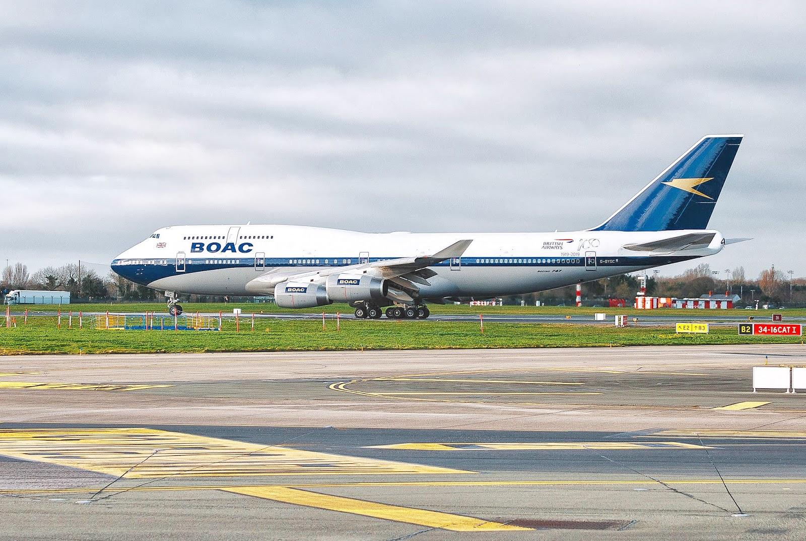 Aos 100 anos British Airways pinta o Boeing 747-400 registro G-BYCG nas cores da BOAC de 1964 | É MAIS QUE VOAR