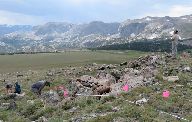 High elevation buffalo jump site discovered near Wyoming glacier