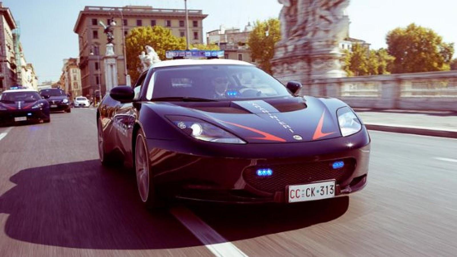 Italian police Lotus Evora S