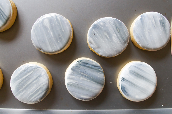 moon or planet cookies, easy to make!