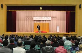 三遊亭楽春の出張落語会の風景です。