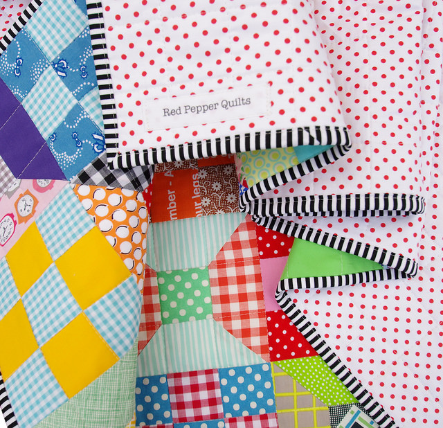 Red Pepper Quilts: Spools and Nine Patch Quilt