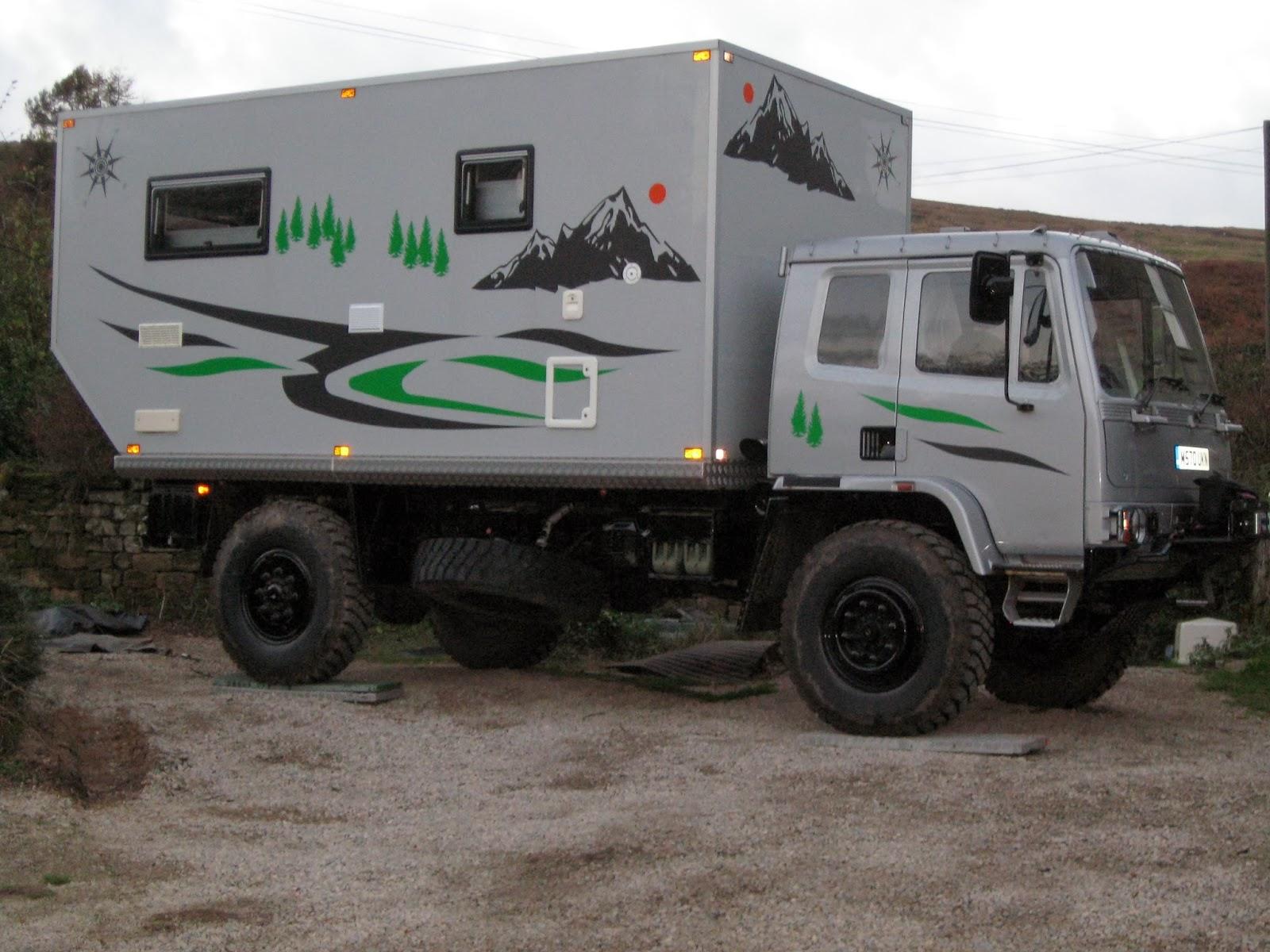 Hiace Hobo - Living in a Toyota Camper Van: Leyland Daf 45