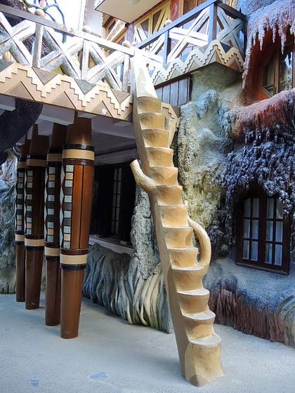 Diy Creative Interior Tree Trunk Staircase Designs Dwell