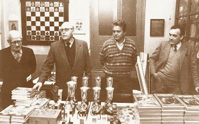 Reparto de premios del XVI Torneo Abierto Sant Andreu 1987