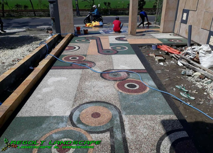 Jasa Pembuatan Lantai Batu Sikat - Carport - Ampyangan Di Mojokerto