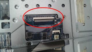 konektor keyboard