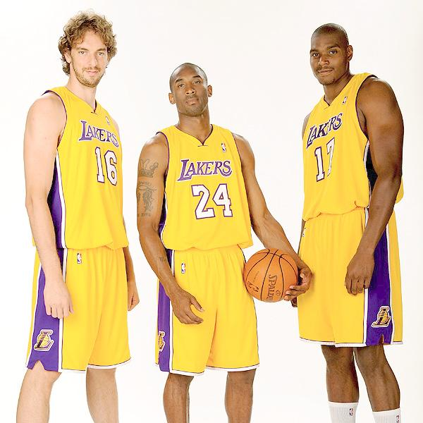 Nba Player Pictures: Andrew Bynum Los Angeles Lakers