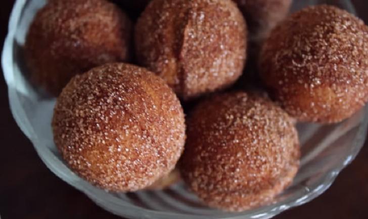 Incredibly Delicious Banana Donut Balls Recipe