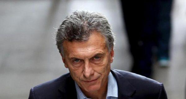 Macri se aumenta el sueldo un 20 % y cobrará 208.000 pesos