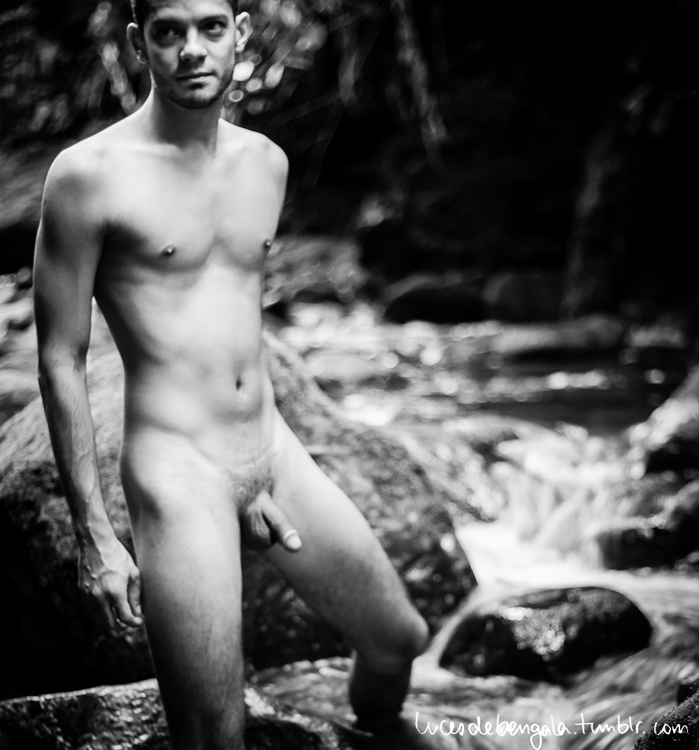 Nude Men Without Clothes 45