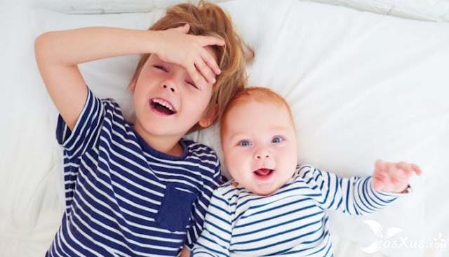 26 Fakta Anak Bungsu Dalam Percintaan, Keluarga, dan Lingkungan Sekitarnya