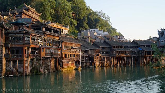 Fenghuang, pueblo, costos, atractivos, paseos, gastos, china, rio, pueblo