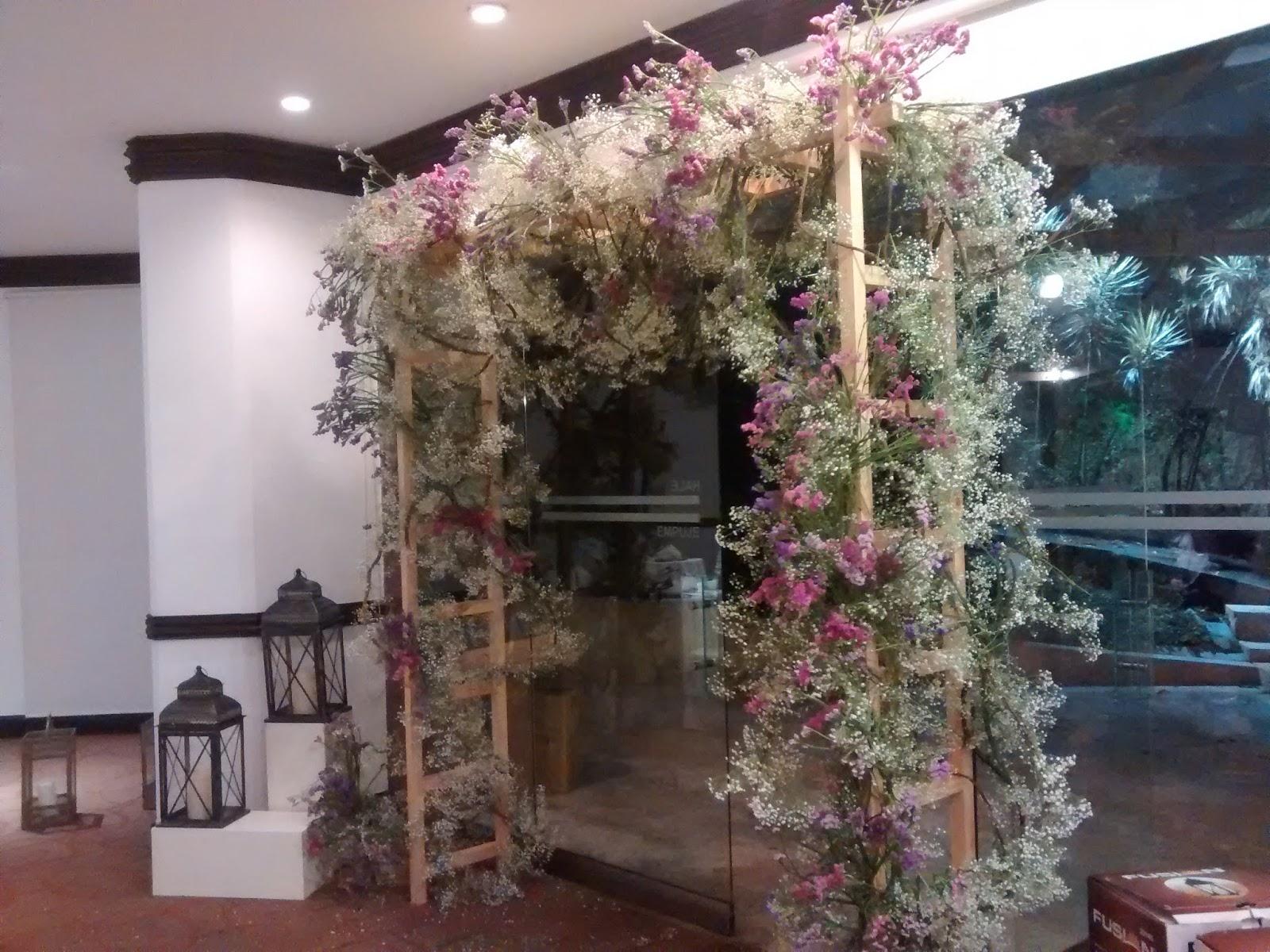 Primera comuni n dise os marta correa decoraci n en for Decoracion de salones vintage