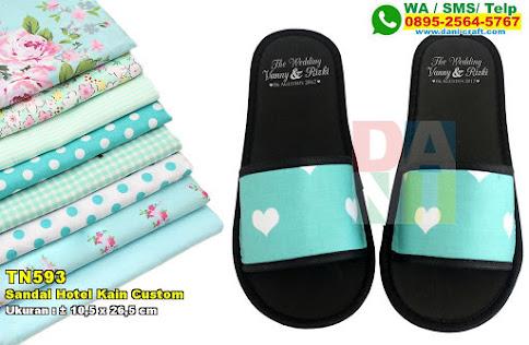 Sandal Hotel Kain Custom