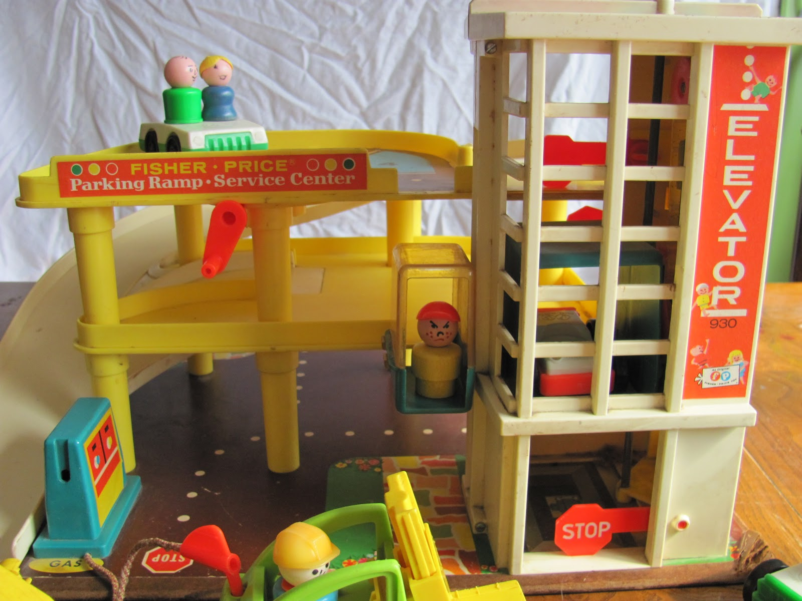 Fisher Price Car Garage Uk