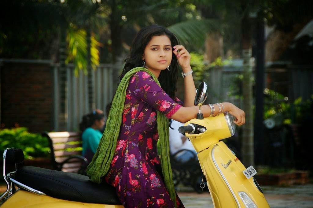 Sri Divya Tamil Actress Gallery 2015 Latest Photos Gethu Cinema