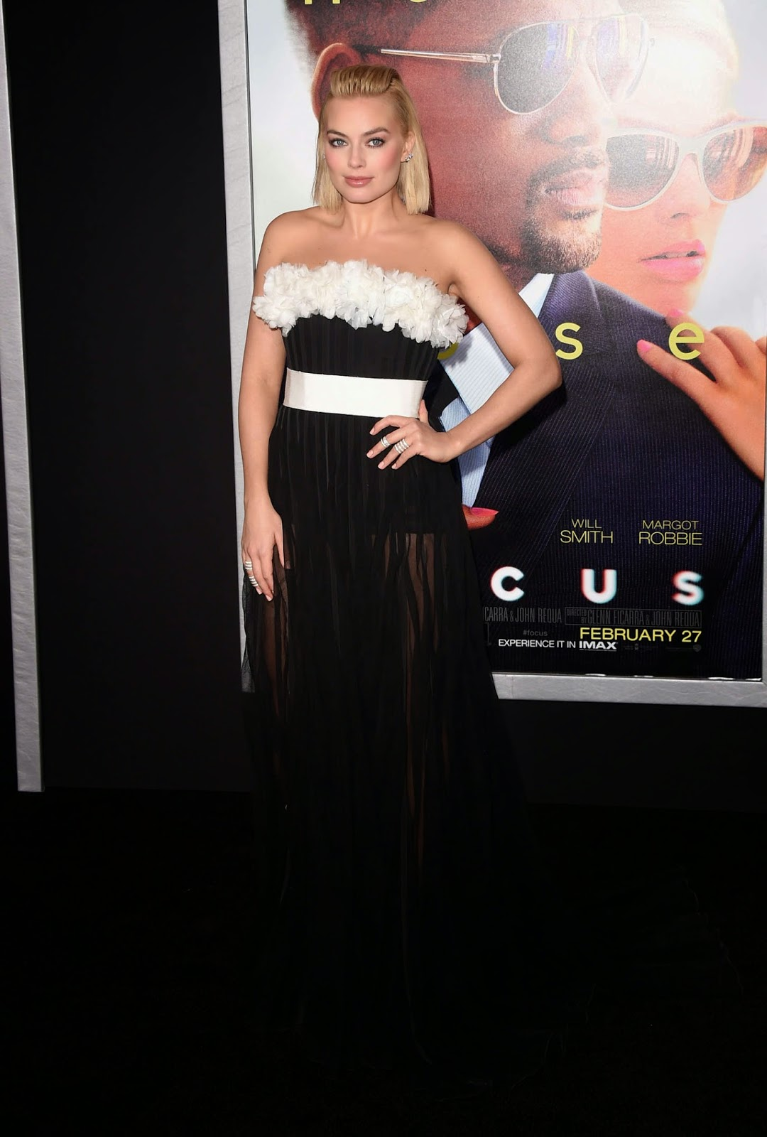 Margot Robbie wears a strapless dress to the 'Focus' premiere in LA