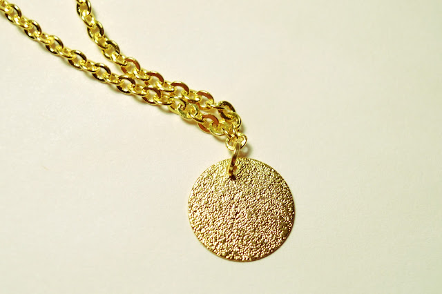 Chipina gold dust coin necklace