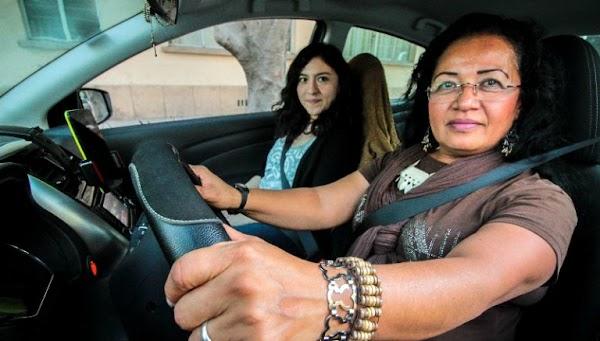 """Conoce """"Laudrive"""" el servicio de taxis por y para mujeres"""