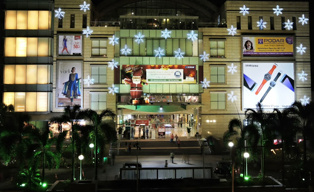 KORUM Mall decked out for Christmas celebration