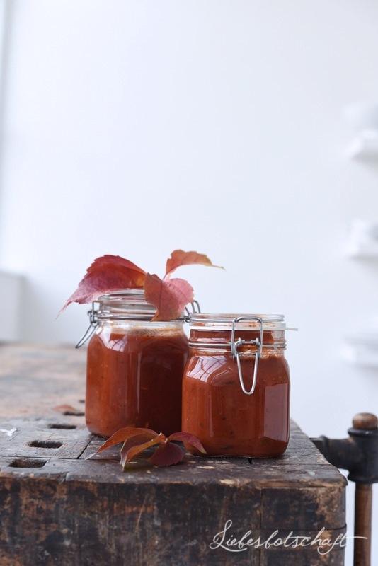 liebesbotschaft 10 ideen f r tomaten sugo gewinner. Black Bedroom Furniture Sets. Home Design Ideas