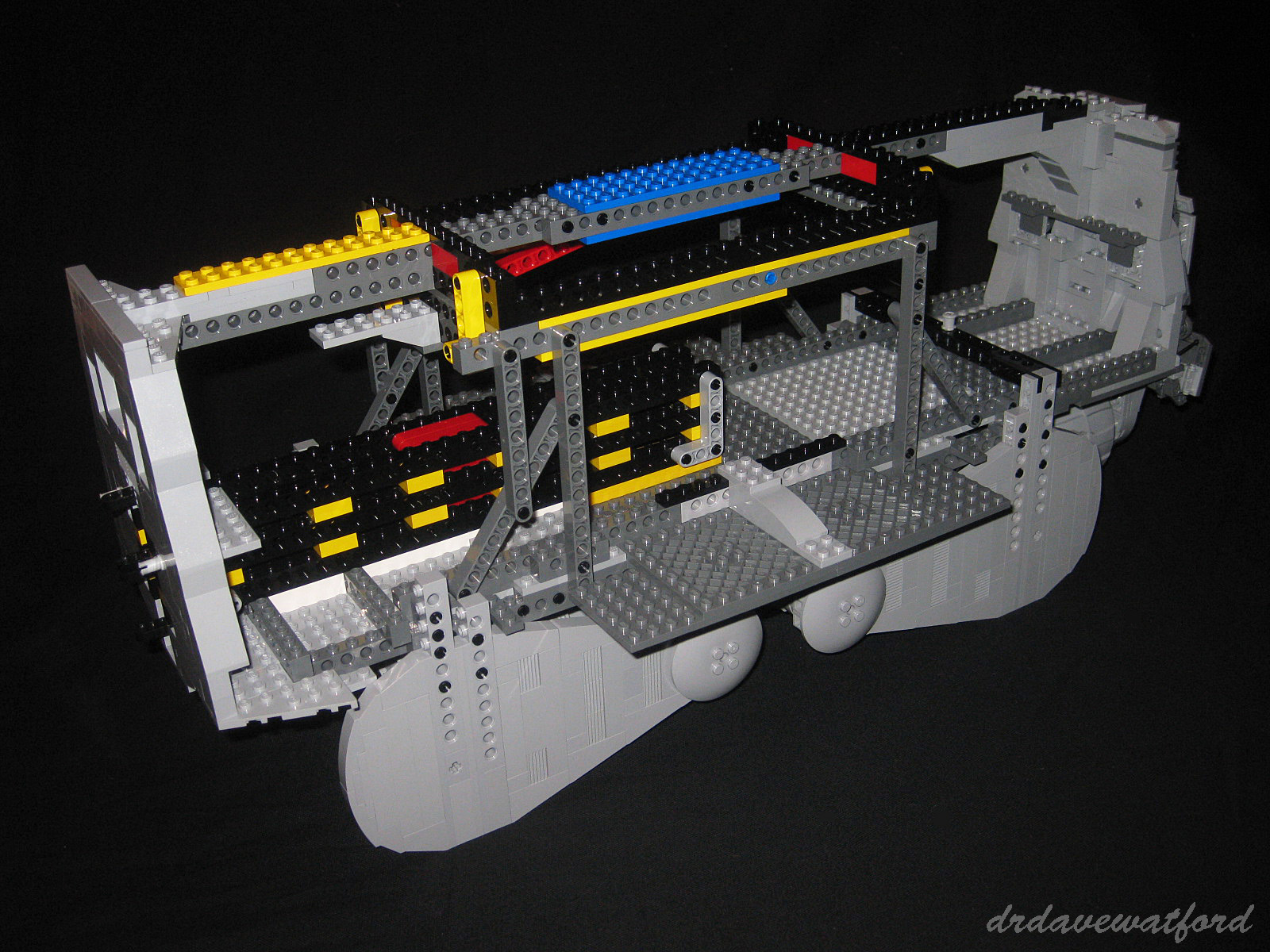 Gimme Lego: UCS AT-AT : They think it's all over...