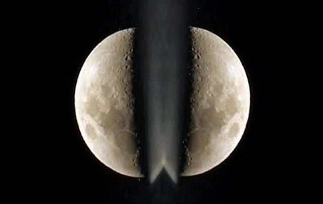 Subhanallah, Inilah Bukti Nyata Bahwa Nabi Muhammad Pernah Membelah Bulan Jadi Dua